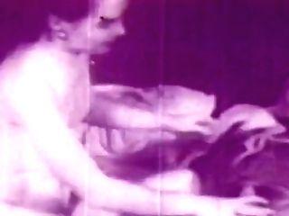 Retro Porno Archive Vid: What Got Grand-pa Tighter 02
