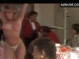 Candy Evans Undress En Takin' It All Off
