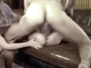 Fabulous Retro, Big Natural Tits Hook-up Scene