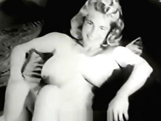 Amazing Woman Shows All Her Beauty (1950s Antique)