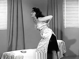 Blaze Starr Unclothing And Taunting (1950s Antique)