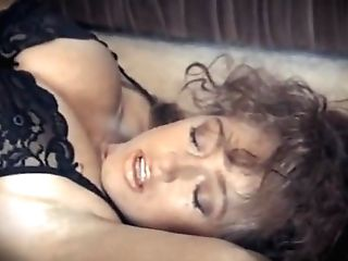 A Woman In Love - Antique Btish Big Breasts Taunt
